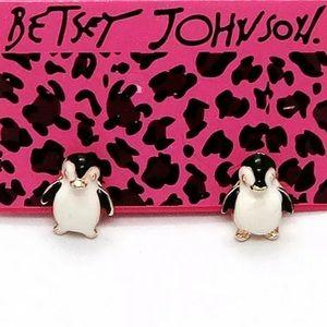NWT Betsey Johnson Adorbs Penguin Enamel Earrings!